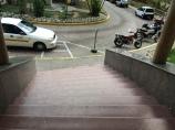 Vista del punto de acceso prinicipal del hospital.